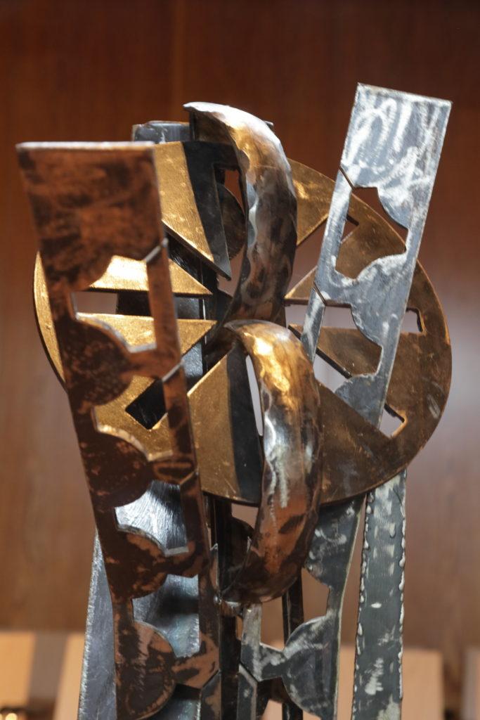 345c-Wahrheit-blüht-auf-Skulptur-von-Edith-VoßenAuschnitt-Foto-Volkmar-Schrimpf.jpg